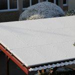 Photovoltaik auf Norddach im Winter, Betrieb wirtschaftlich bei genauer Planung.