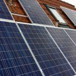 Das fertige Sonnenkraftwerk auf dem Dach.