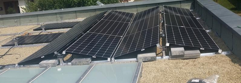 Photovoltaik auf einem Flachdach in Erlangen